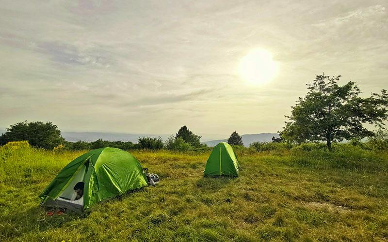 via degli dei in tenda